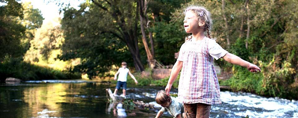 Josephine am Fluss (Bild: achse-online)